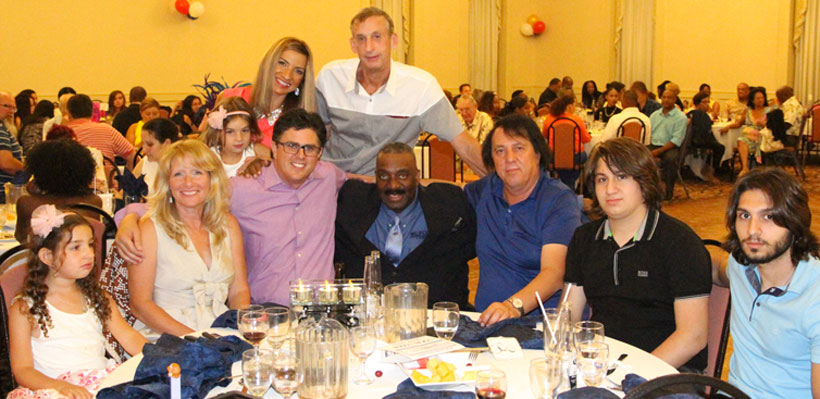Local 1006A hosts fundraising event.